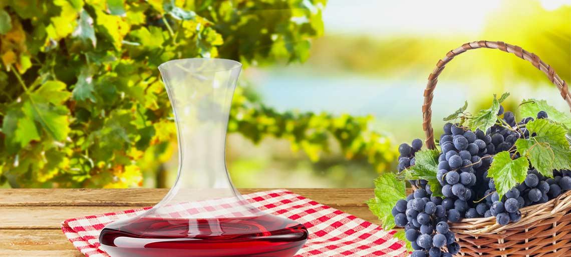 vino-decanter-tovaglia